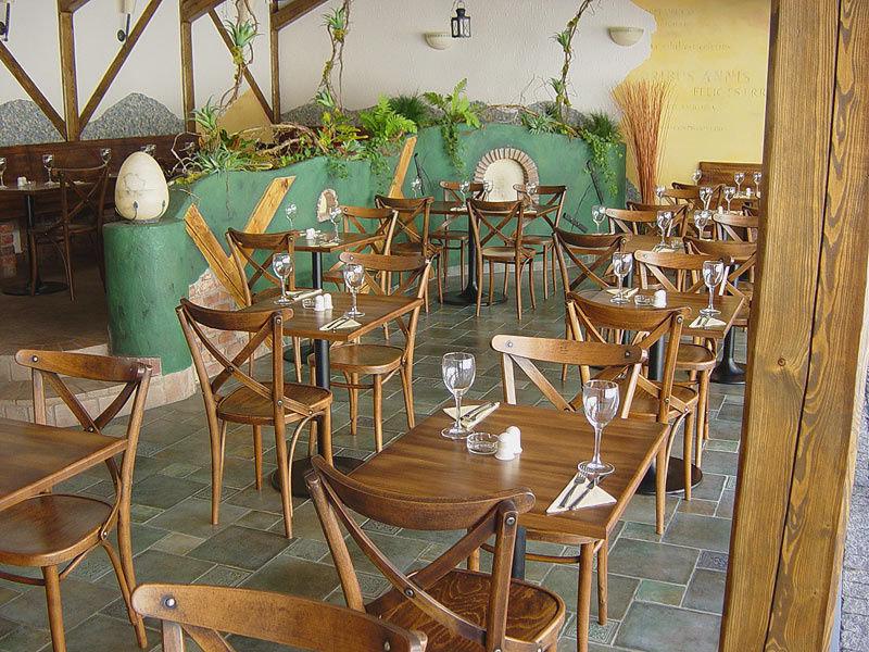Židle 150 v provedení antik