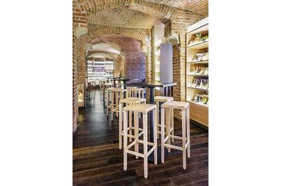 Barové židle TON - barové židle Rioja 369