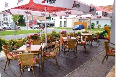 Café 22 Uhříněves - Café 22 Uhříněves terasa