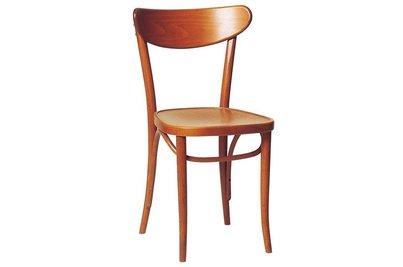 Dřevěné jídelní stoly a židle a jejich údržba - Dřevěná židle 150