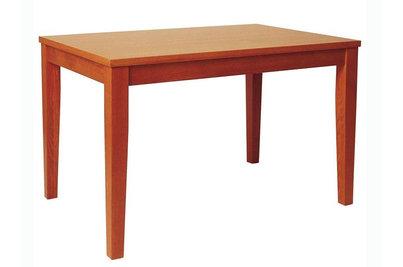 Dřevěné jídelní stoly a židle a jejich údržba - Dřevěný stůl