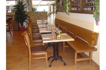 IL TESORO pizzeria - ristorante - hladká dýhovaná lavice