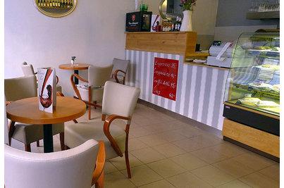 Kavárna a pekárna Les Kamarades - Kavárna a pekárna Les Kamarades