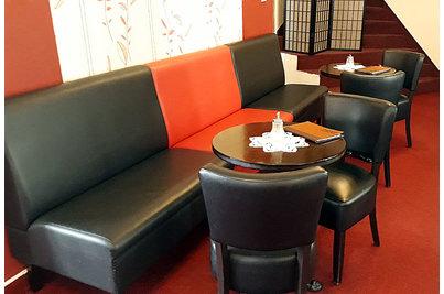 Kavárna U Bašatů - kavárna U Bašatů s lavicemi DIVAN a židlemi Floriane