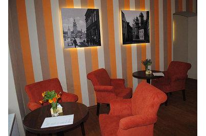 Café restaurant U Zlatého Beránka - křesla Clermont v restauraci U Zlatého beránka