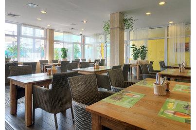 Restaurace SEZIO - křesla Thila v restauraci SEZIO