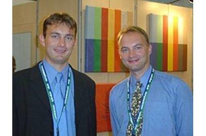 O nás - Petr Kovařík: poradenství pro design (na fotografii vpravo)        Jan Kovařík: poradenství pro technická řešení (na fotografii vlevo)