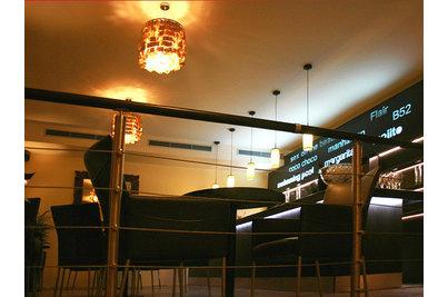 Restaurace bar Zelená zahrada - pohled na bar