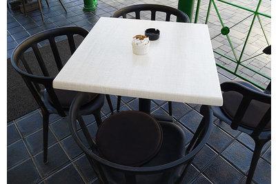 Káva s párou - stolová deska SM FRANCE dekor Palissade Blanc