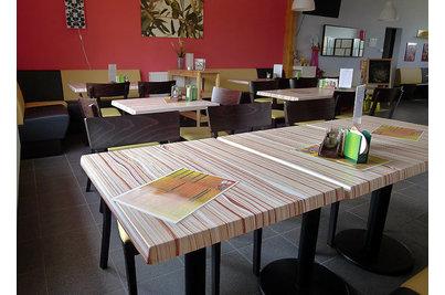 PIZZA PORTA VIA - stoly s deskami SM FRANCE Wawe
