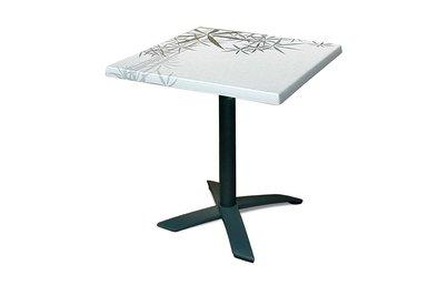 Stůl s deskou Tokyo a podnoží Avangard