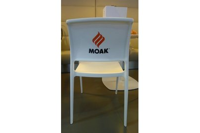 židle Ara s logem