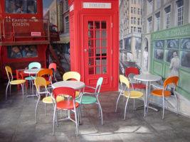 Kovové židle a křesílka