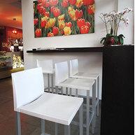 barová židle Liberty v moderním interiéru