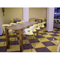 barové Ibis se snackovými stoly Costa