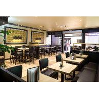 barové židle Floriane BST v restauraci
