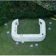 letecký pohled na bar IGLOO se židlemi Rubik