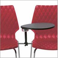 spojování židlí UNI do řad a přídavný stolek