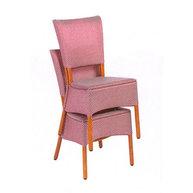 stohování židlí Mister