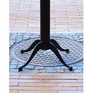 Stoly StableTable Nouveau stojí na jakémkoli nerovném povrchu