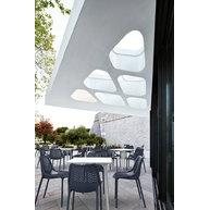 terasa s židlemi Air