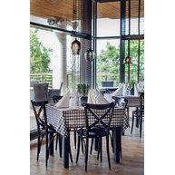 Židle 150 v restauraci hotelu Mera