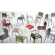židle Bakhita