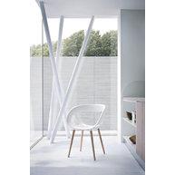 židle Moema BL v interiéru