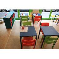 židle Sai oživují interiér