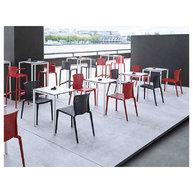 židle Spyker v restauraci