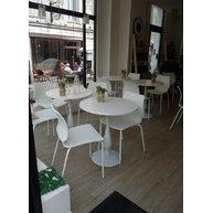 židle Uni v Maison Monarque Pastry