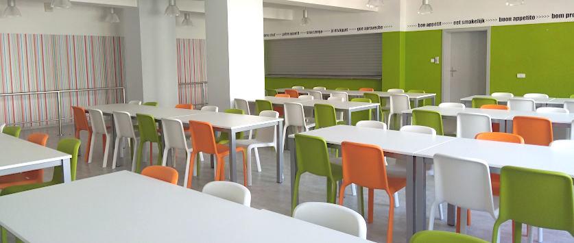 školní jídelna nábytek